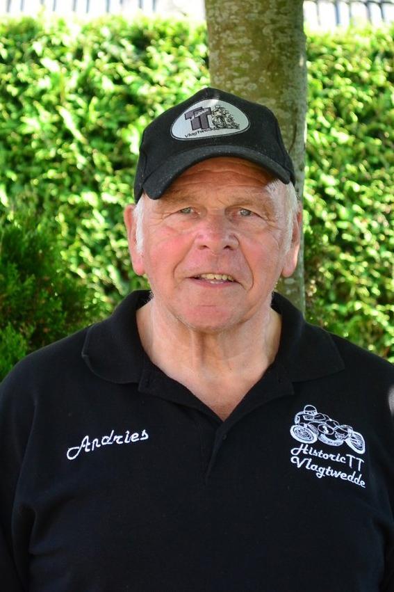 Voorzitter: Andries Huisinga